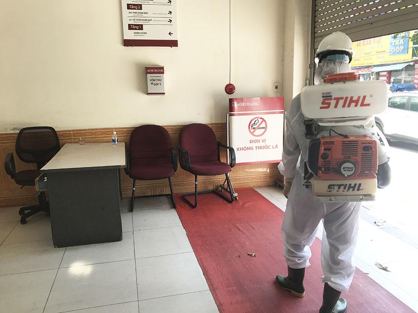 Phun khử trùng cho ngân hàng tại Đà Nẵng